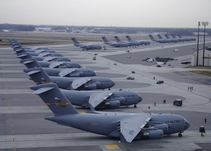 Defence Minister wants to buy C17 Globemaster fleet